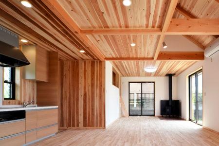 快適性を詰め込んだ、木の香りのする家